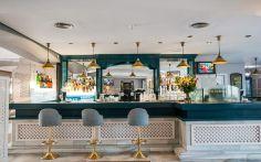 Hotel PYR Bar